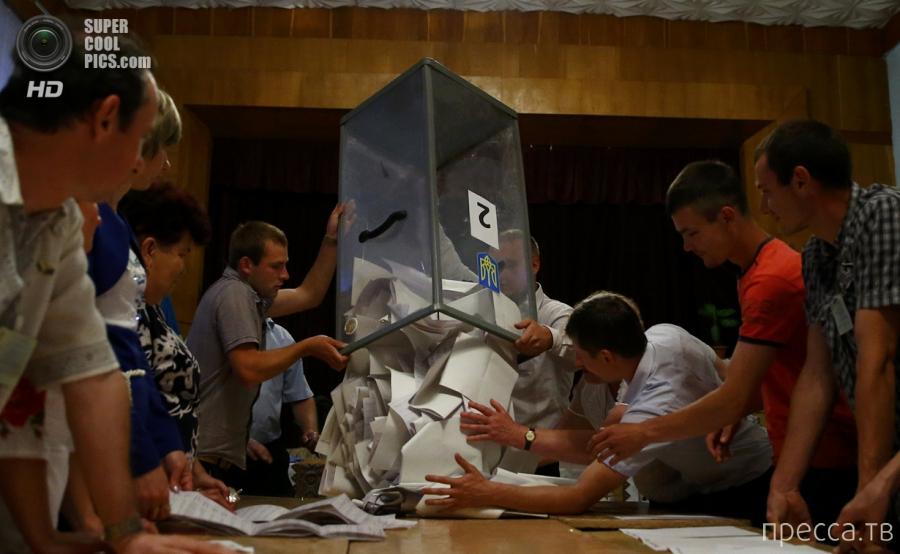 Украина выбрала нового президента (25 фото)