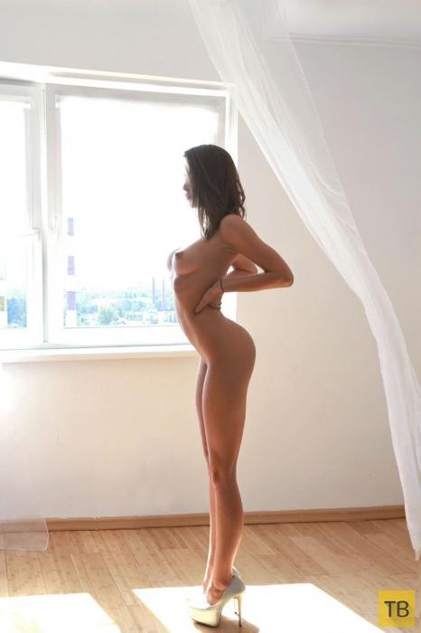 """Красивые и горячие девушки на """"Понедельник"""", часть 13 (97 фото)"""