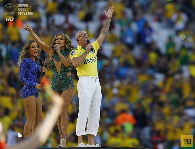 Церемония открытия Чемпионата Мира по футболу-2014 на стадионе «Арена Коринтианс» в Сан-Паулу  (20 фото)