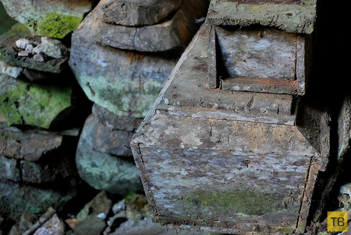 Таинственные висячие гробы Сагады (10 фото)