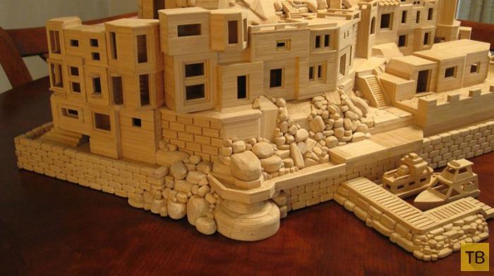 Миниатюрные дома из зубочисток (10 фото)