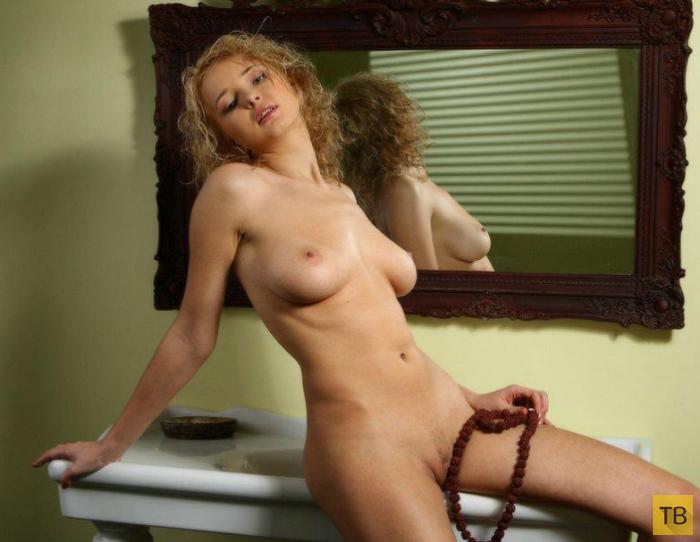 Фото блондинок в ванной 26 фотография