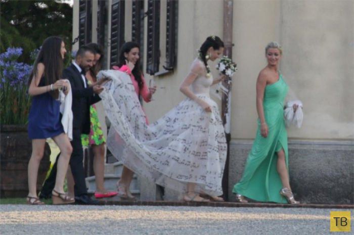50-летний Эрос Рамазотти женился на 26-летней возлюбленной (13 фото)