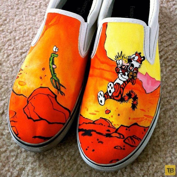 Обувь расписанная в ручную художником Lace Out Studios (13 фото)
