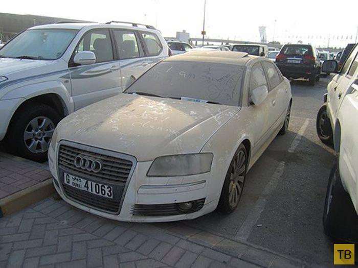 Брошенные автомобили Дубая (40 фото)