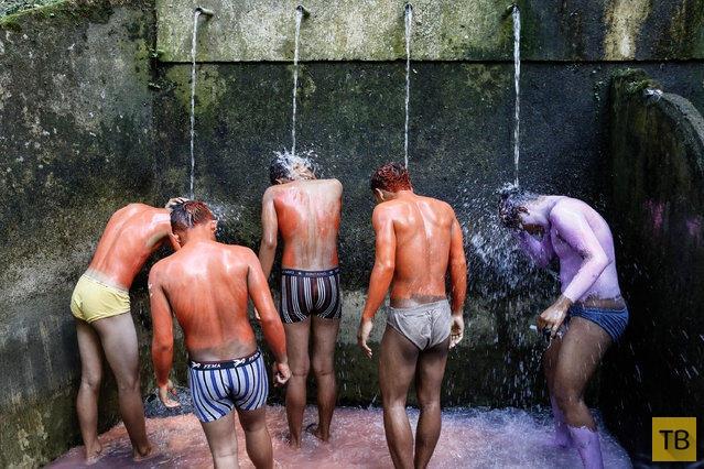 Ритуал изгнания злых духов на Бали (14 фото)