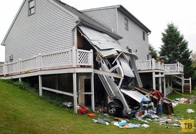 Странные аварии (25 фото)