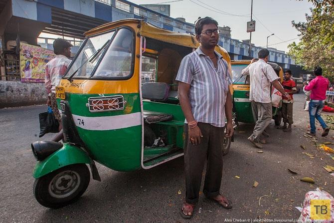 Как проходит утро индийского бездомного (27 фото)