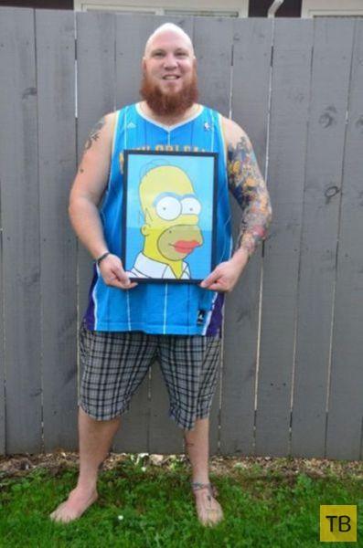 Горячий поклонник Гомера Симпсона и его татуировки (7 фото)