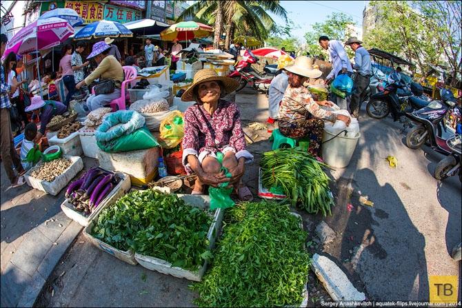 Торговля на коленках в Китае (17 фото)