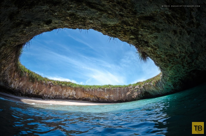 Топ 22: Самые необычные пляжи планеты (22 фото)