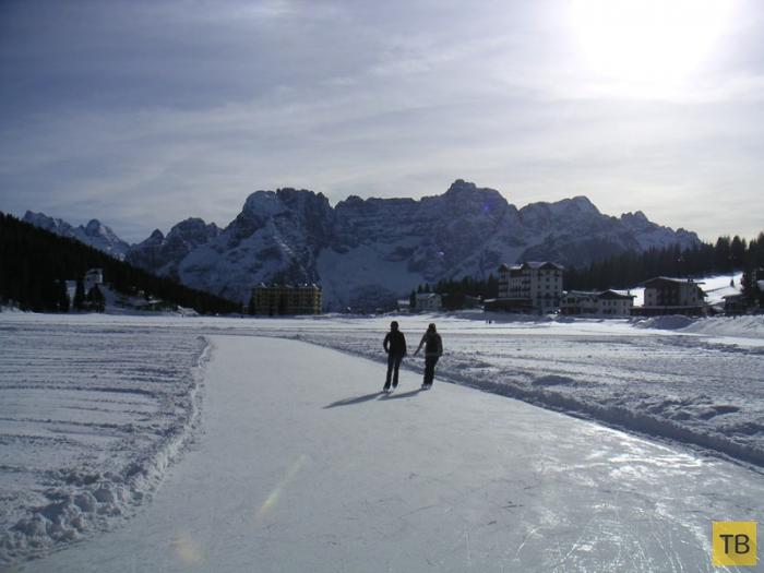 Озеро Мизурина - жемчужина Доломитовых Альп (8 фото)