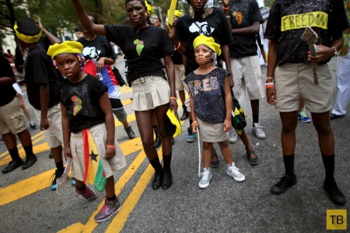 Ежегодный West Indian Day Parade - 2014 в Бруклине (14 фото)