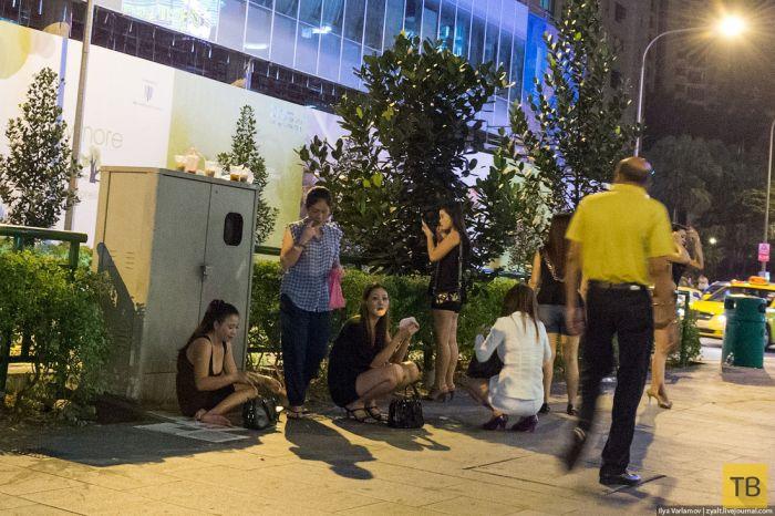 О проституции в Сингапуре (22 фото)