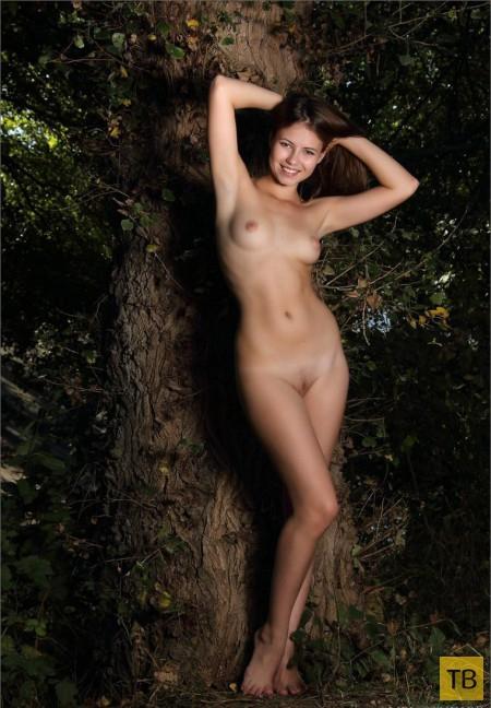 Девушка с красивыми сисями (11 фото)