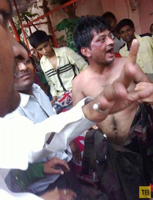 Самосуд в Индии (4 фото)