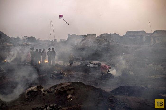 Ад на земле: фоторепортаж о добыче угля в Индии (10 фото)