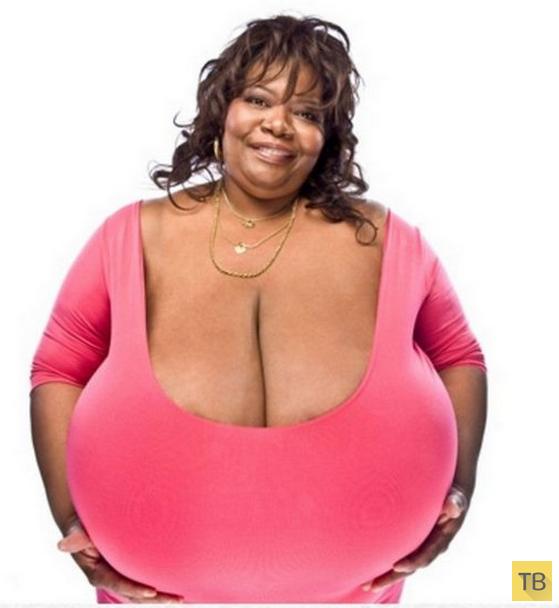 Топ 7: Девушки с самой большой грудью (8 фото)