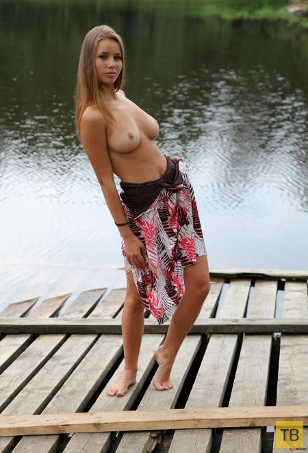 studentka-na-ozere