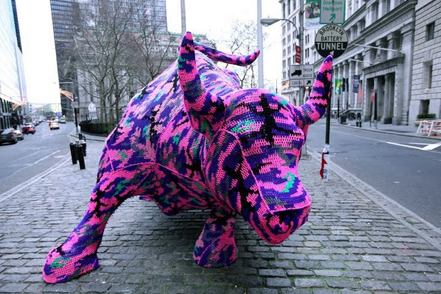 Шерстяной Street-Art позитив