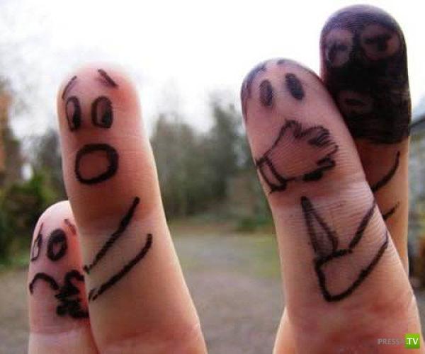 Прикольные рисунке на пальцах, про