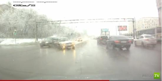 Двойная авария на Волоколамском шоссе г. Москва