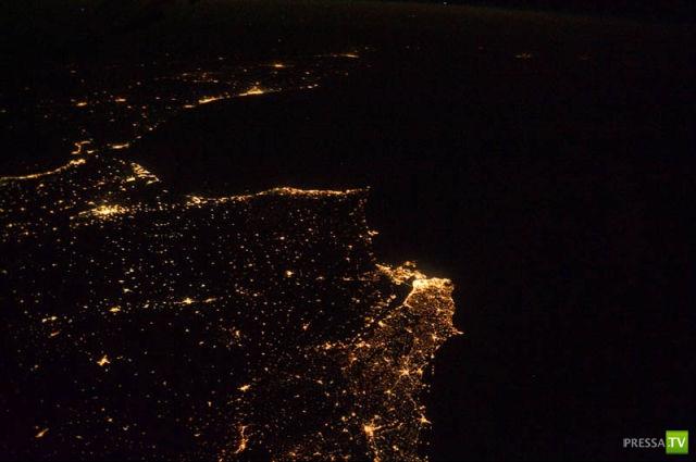 Потрясающие ночные снимки Земли из Космоса (30 фото)
