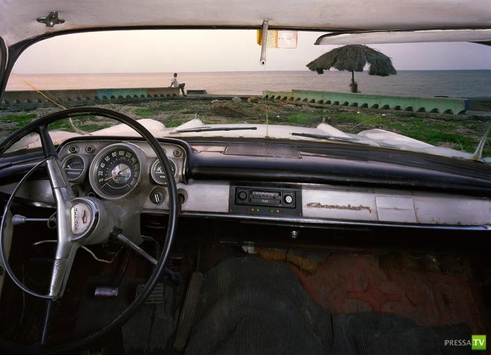 Куба из окна автомобиля (9 фото)