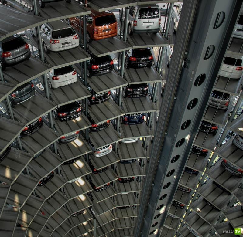 Удивительный «Autostadt» (11 фото)