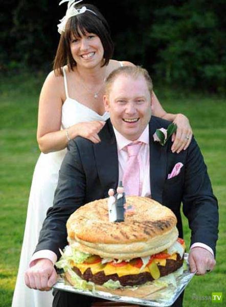 Необычные свадебные торты (11 фото)