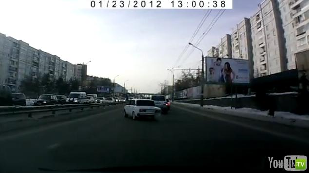 Авария на ул. Лазо г. Красноярск