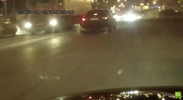 Лихач на БМВ устроил серьезную аварию