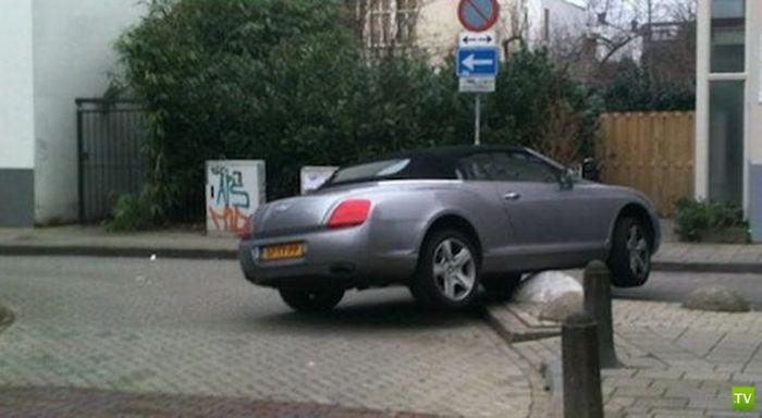 Аккуратная парковочка (3 фото)