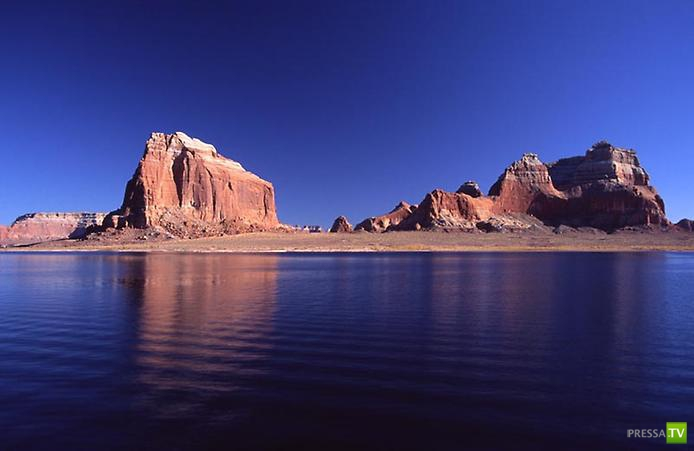 Озеро Пауэлл в Аризоне ... (13 фото)