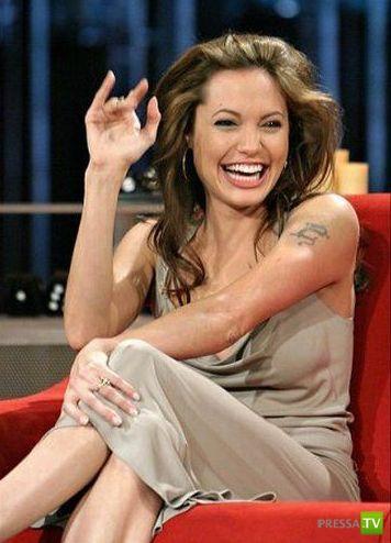 Прикольные фотки Анджелины Джоли (40 фото)