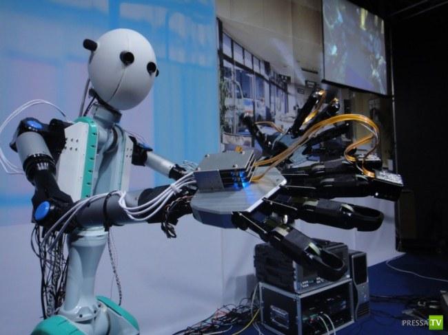 Японцы создали первого робота - аватара ...
