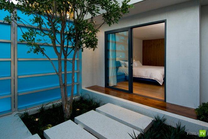 Удивительный дом в Хопене (Голливуд) был создан архитектором Расселом