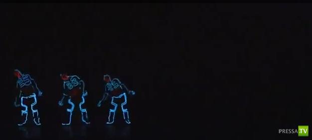 Танец будущего... Люминисцентные костюмы... Смотреть всем!!!