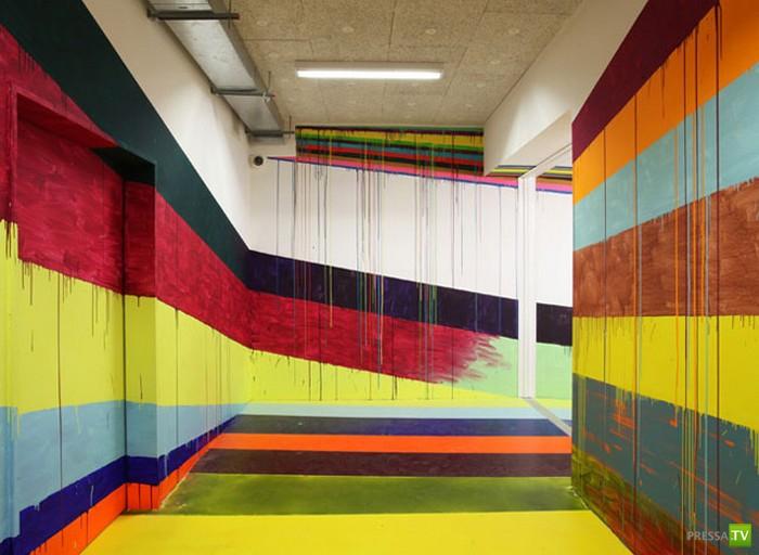 Креатив от Markus Linnenbrink. Разноцветные коридоры Дюссельдорфской тюрьмы (5 фото)