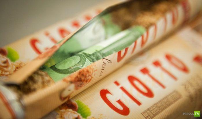 Где прячут деньги контрабандисты? (9 фото)