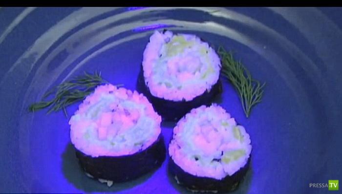 Суши со вкусом ГМО (4 фото)