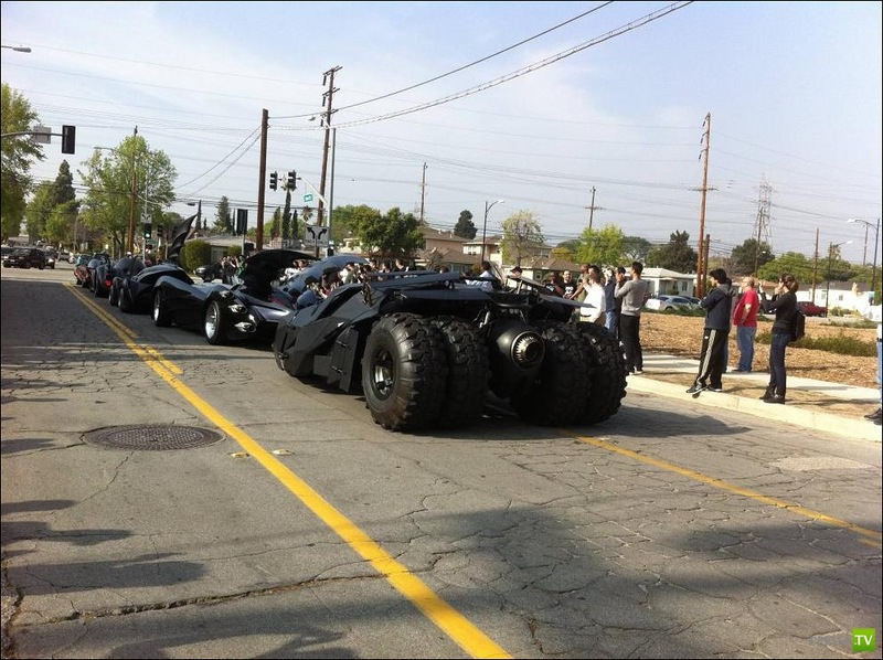Парад бэтмобилей в Калифорнии (7 фото)
