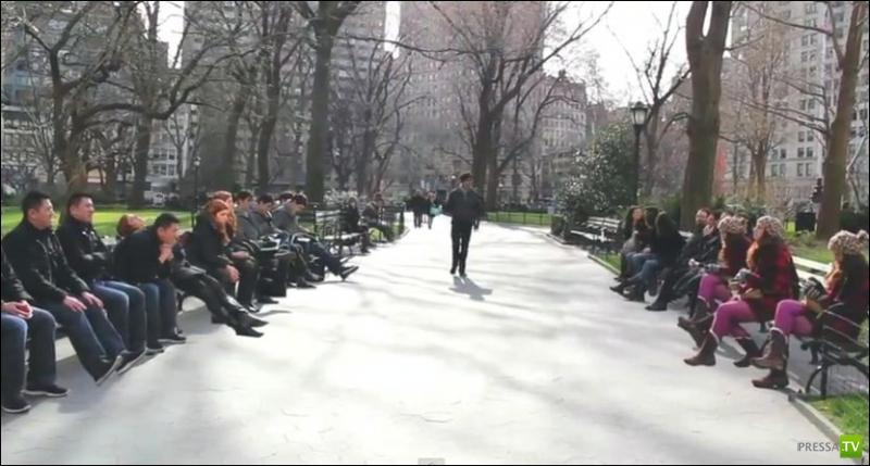 Близнецы в центральном парке (7 фото)