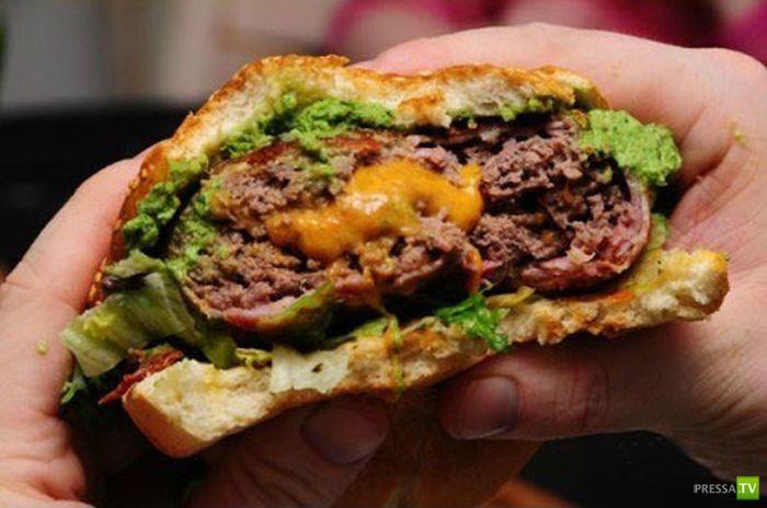 Чисбургер с беконом (19 фото)