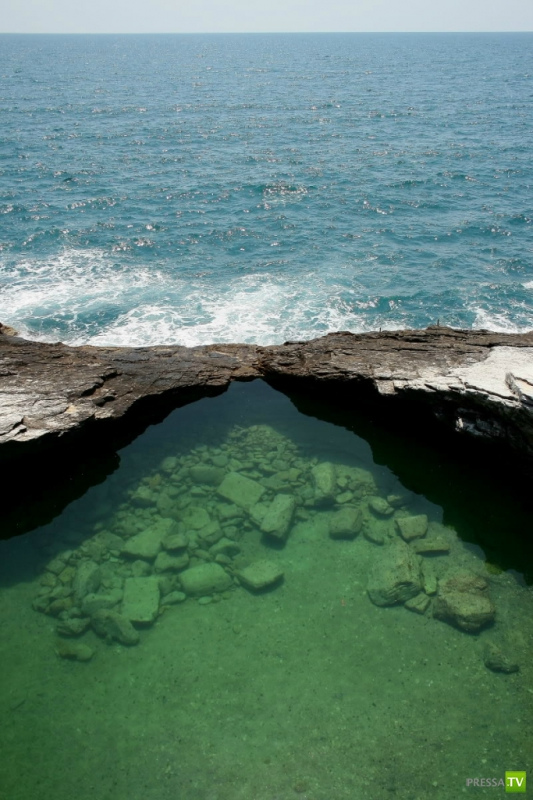 Естественный бассейн Giola на острове Тасос (8 фото)