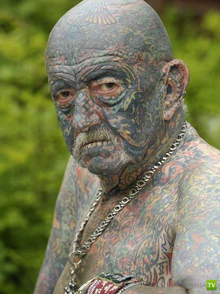 Самый татуированный дедушка Великобритании (3 фото)