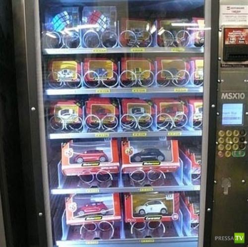 Самые необычные торговые автоматы (12 фото)