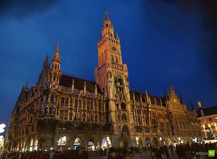 Новая Ратуша на площади Мариенплац ... (8 фото)