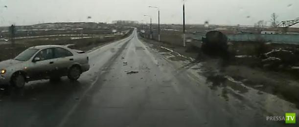 На трассе Ульяновск - Чебоксары столкнулись КАМаз и Ниссан