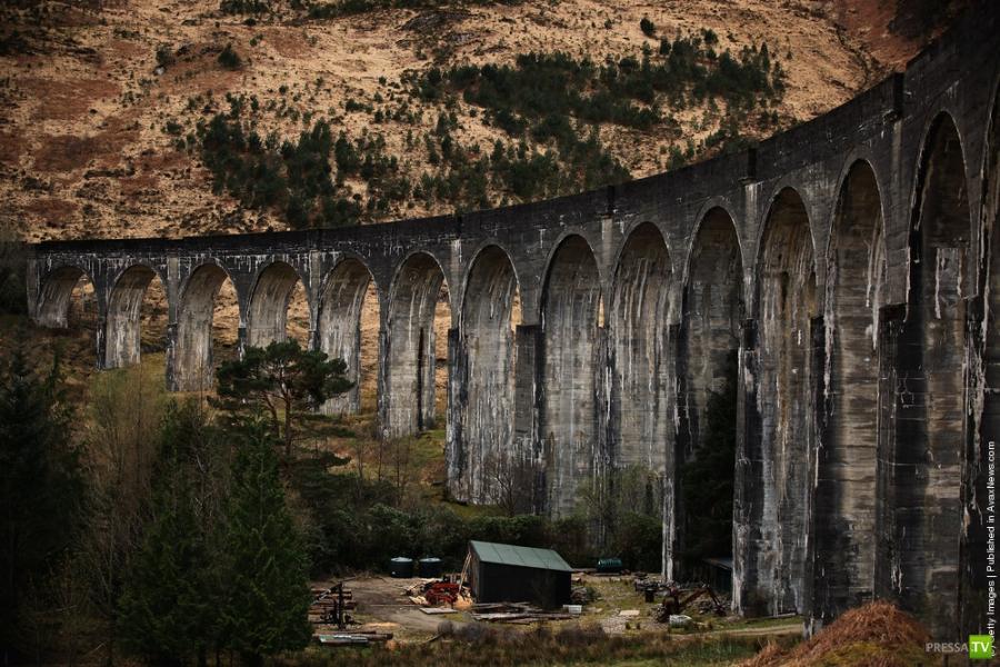 Самый известный железнодорожный мост в мире - Виадук Гленфиннан (Glenfinnan Viaduct)